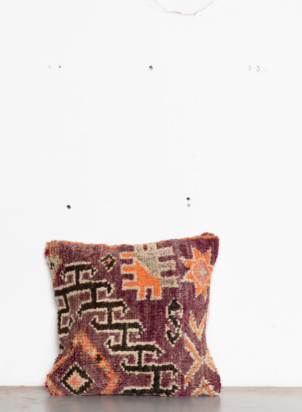 Special Vintage Pillow 592