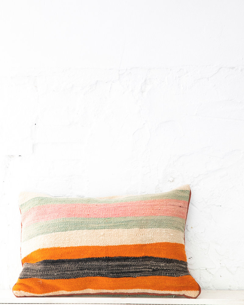 Authentic striped Berber pillow from Morocco XL 437