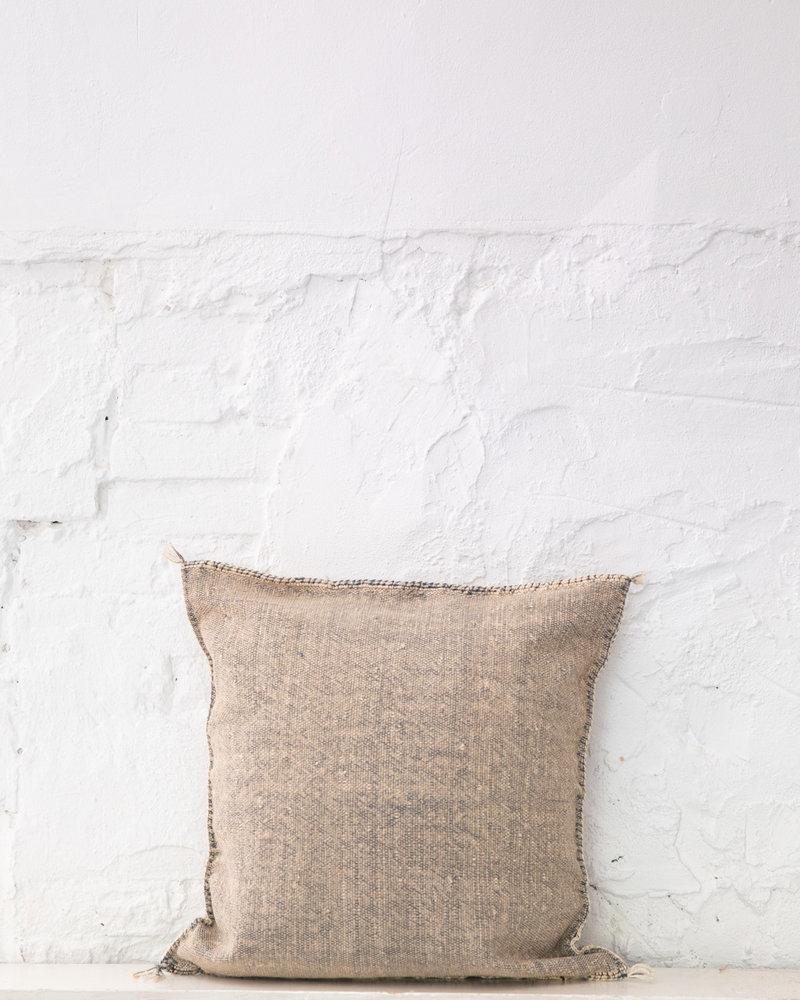 Vegan silk cactus pillow 280