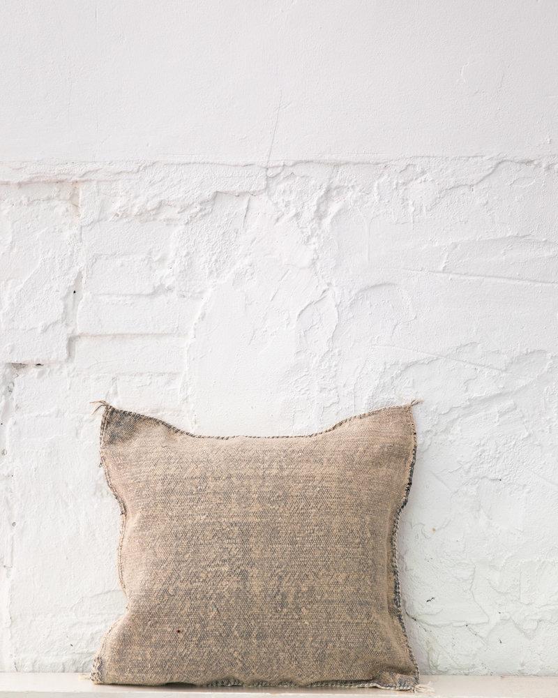 Vegan silk cactus pillow 302