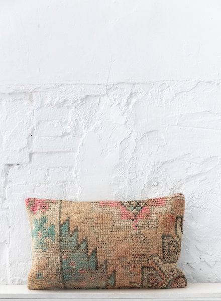 Special Vintage Pillow 678