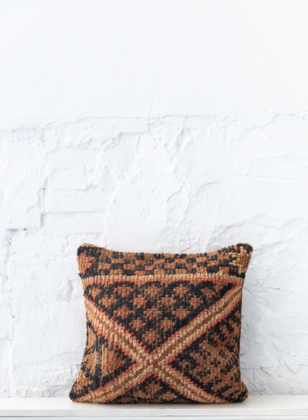 Special Vintage Pillow 689