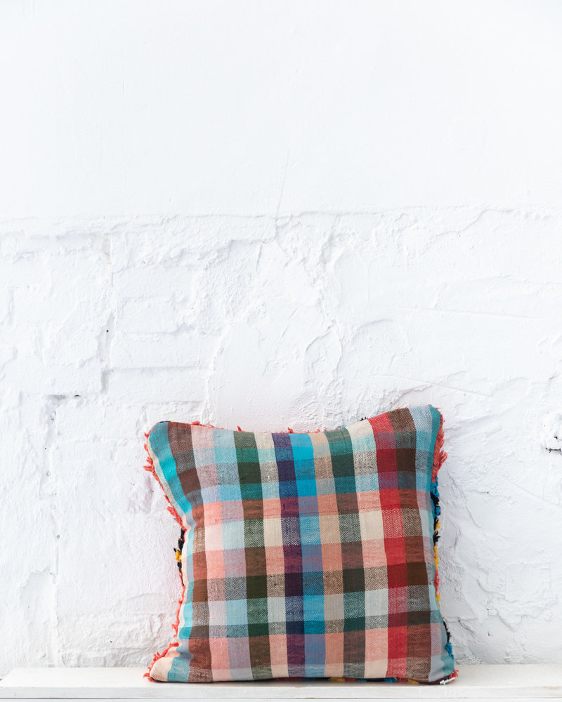 Special Vintage Pillow 694