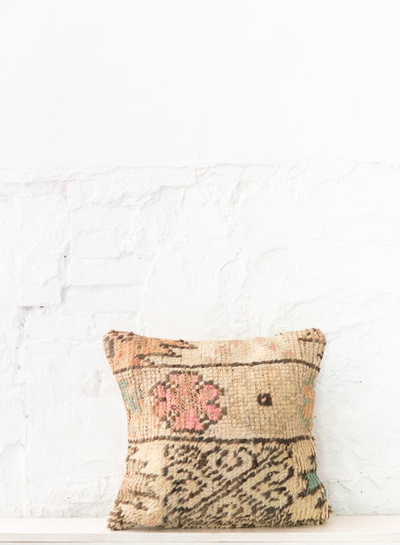 Special Vintage Pillow 705