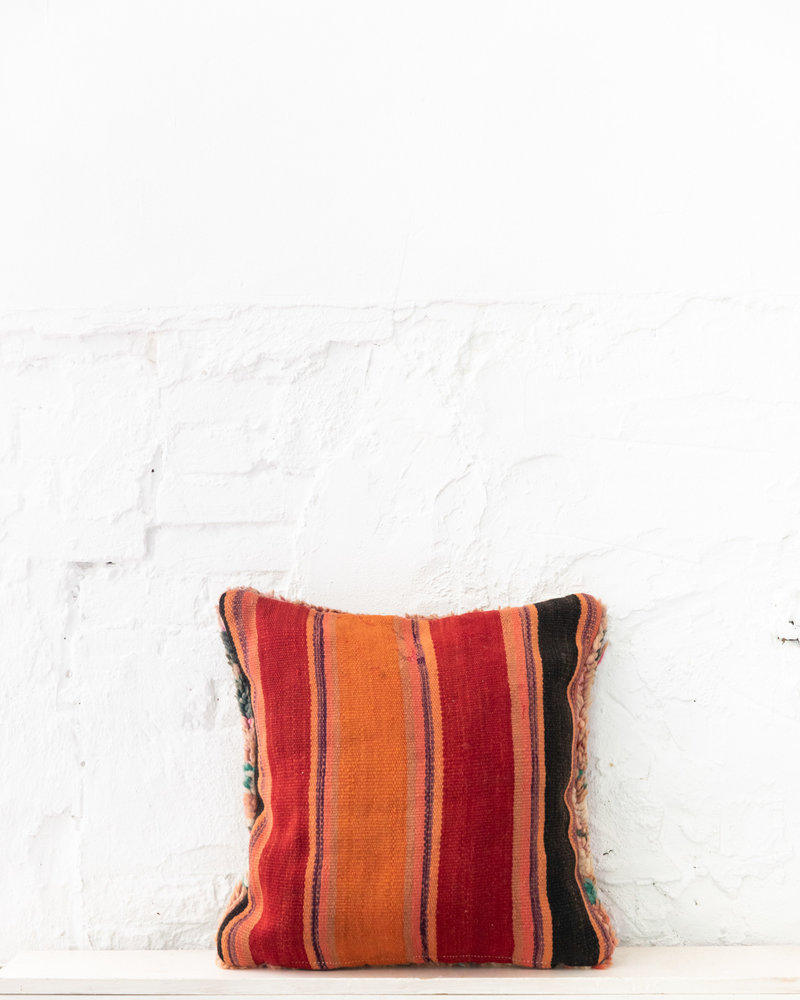 Special Vintage Pillow 707