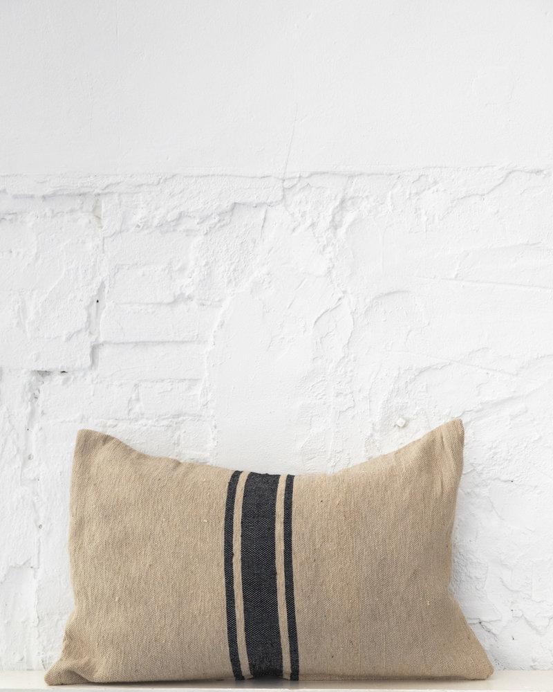 Cotton pillow stripe camel black (PRE-ORDER)