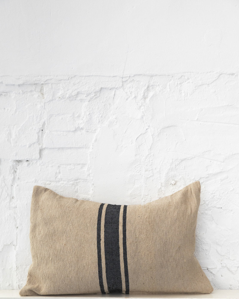 Cotton pillow stripe camel black