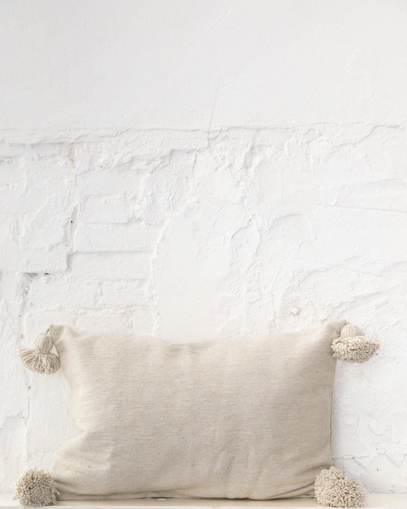 Cotton pompom pillow beige (PRE-ORDER)