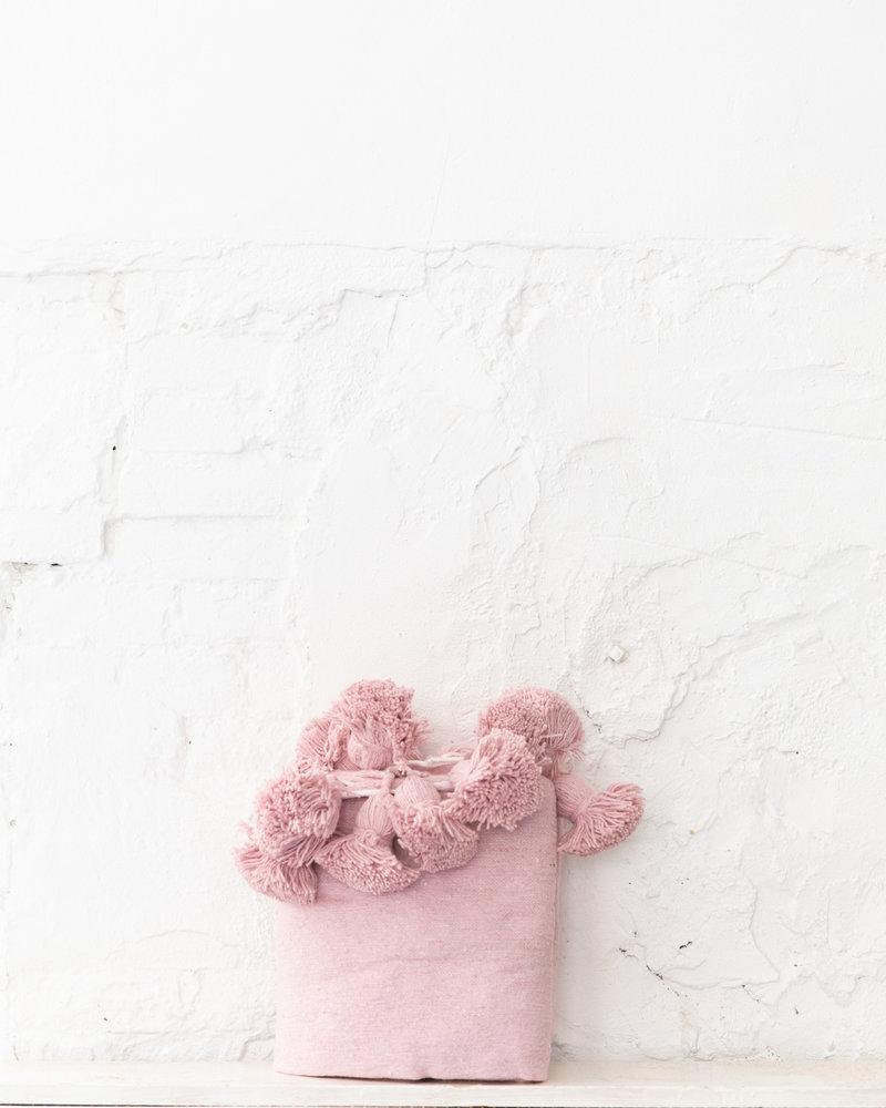 Berber cotton pompom blanket soft pink