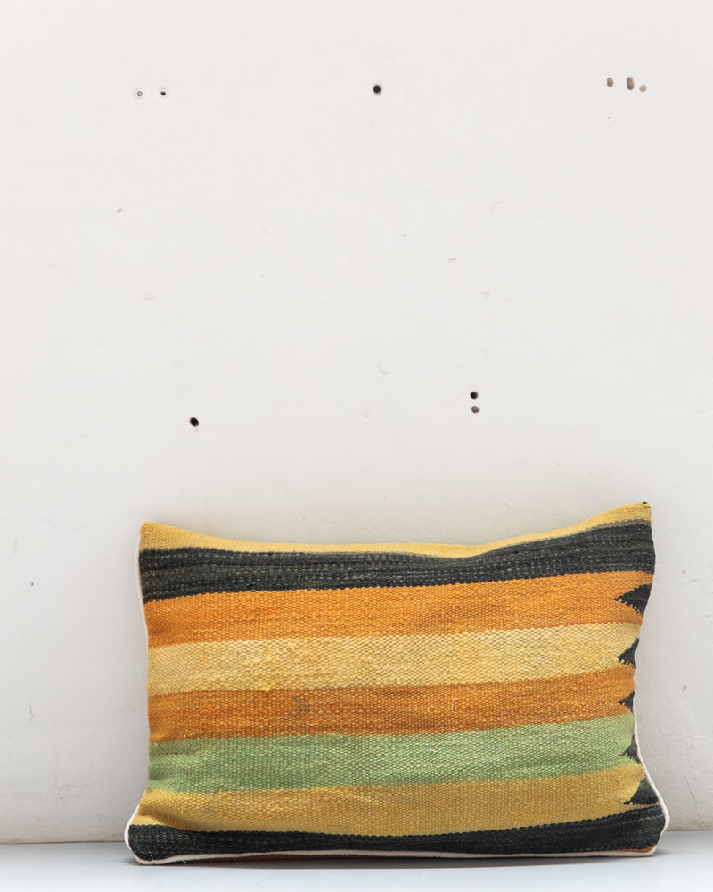 Authentic striped Berber pillow from Morocco XL 496