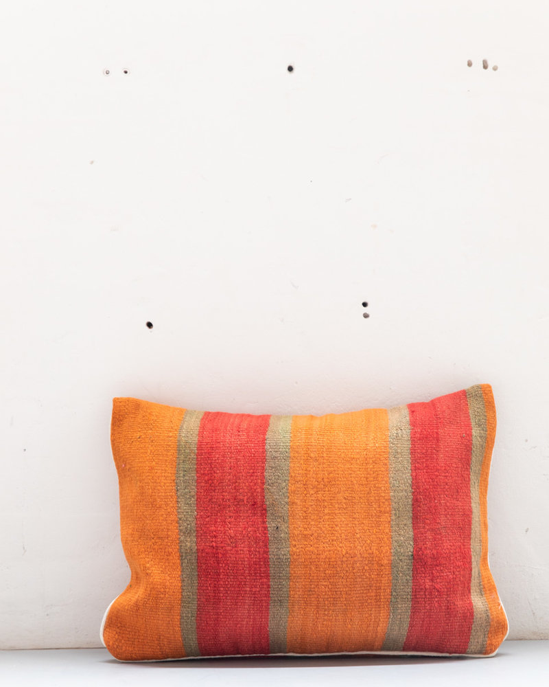 Authentic striped Berber pillow from Morocco XL 488