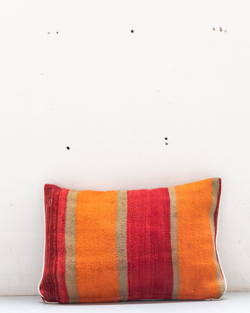Authentic striped Berber pillow from Morocco XL 486