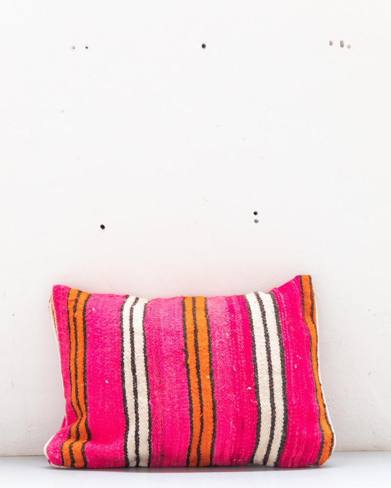 Authentic striped Berber pillow from Morocco XL 472