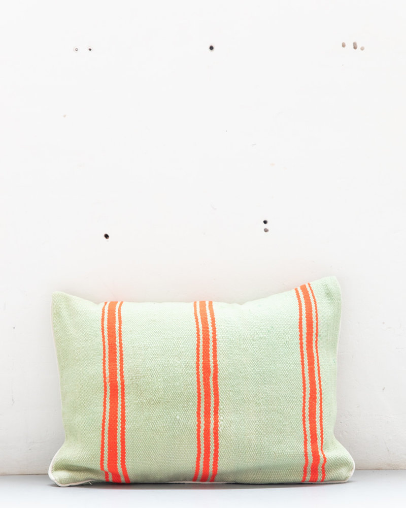 Authentic striped Berber pillow from Morocco XL 469