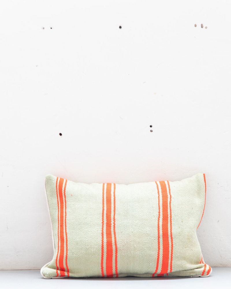 Authentic striped Berber pillow from Morocco XL 451