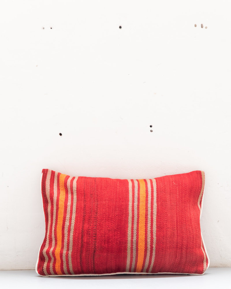 Authentic striped Berber pillow from Morocco 433