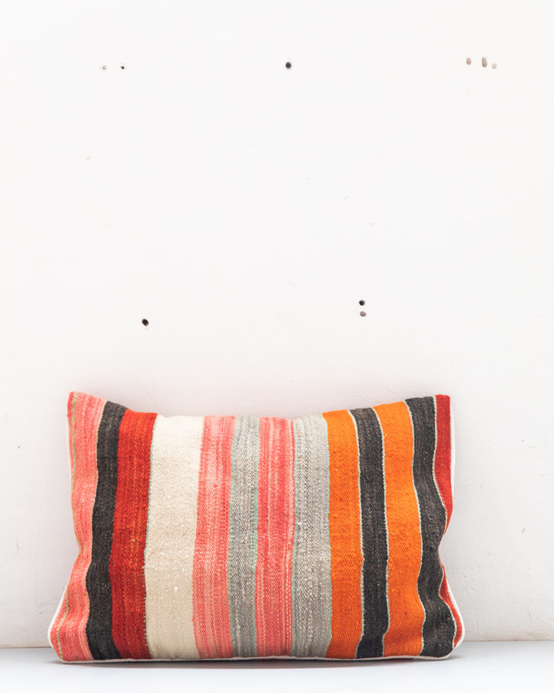 Authentic striped Berber pillow from Morocco 427