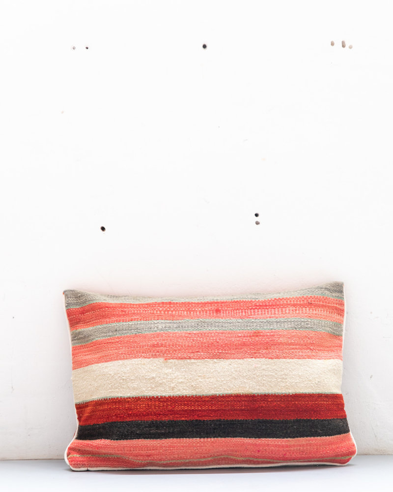 Authentic striped Berber pillow from Morocco 423