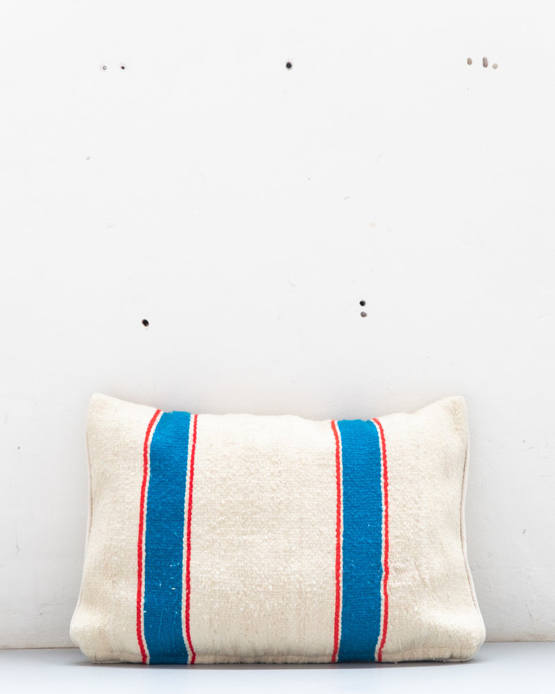 Authentic striped Berber pillow from Morocco 419