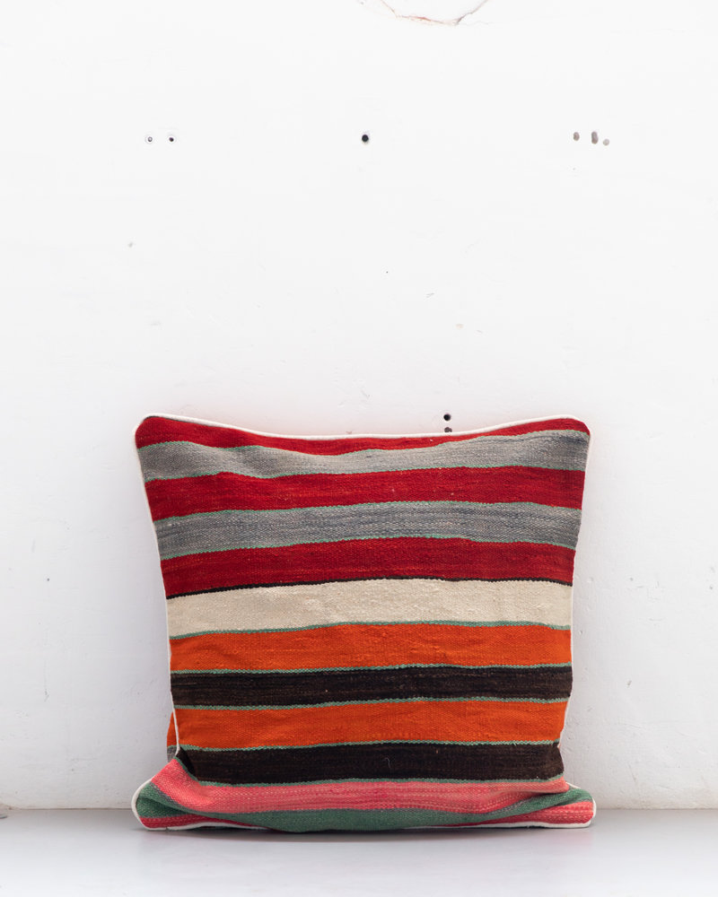 Authentic striped Berber pillow from Morocco XXL 531