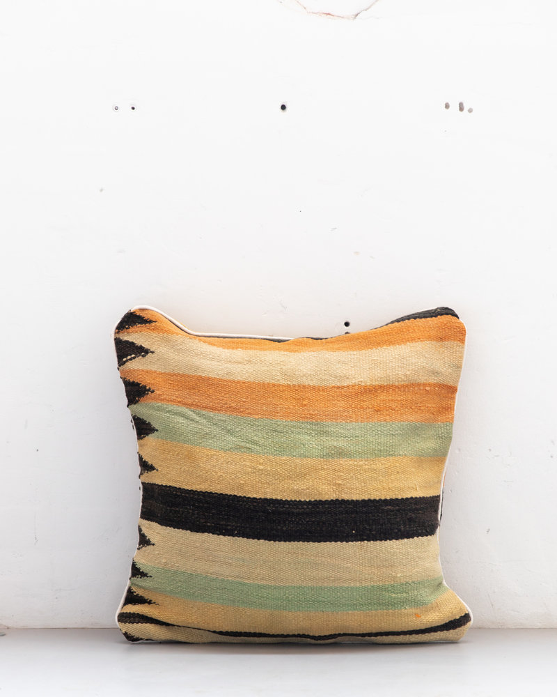 Authentic striped Berber pillow from Morocco XXL 527
