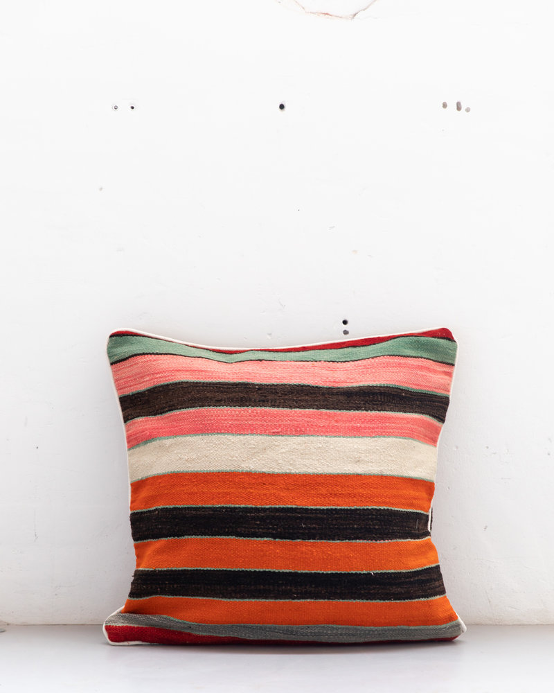Authentic striped Berber pillow from Morocco XXL 526
