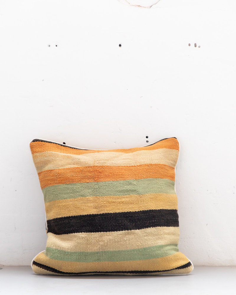 Authentic striped Berber pillow from Morocco XXL 524
