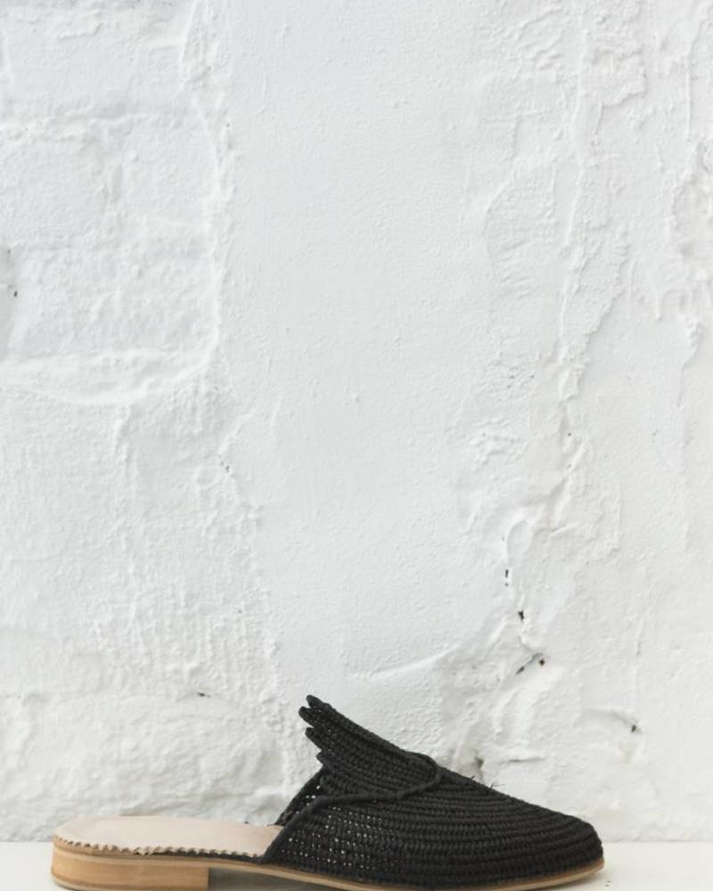Handmade Black Raffia slip-on sandals made in Morocco
