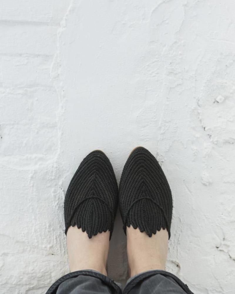 Handmade Black Raffia slip-on sandals