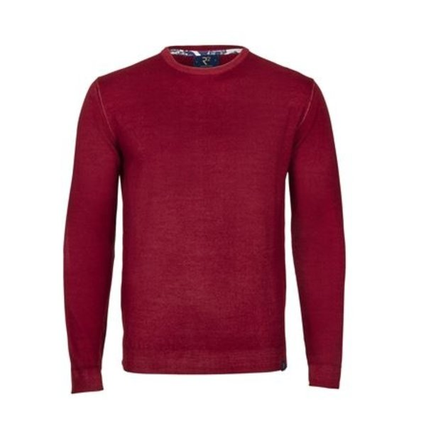 Rode Merino pullover.