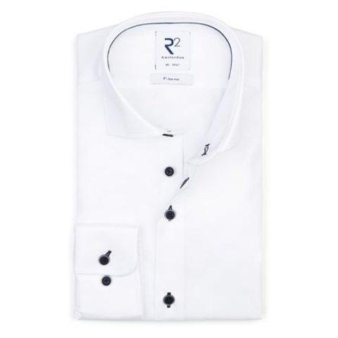 Strijkvrij wit katoenen overhemd.