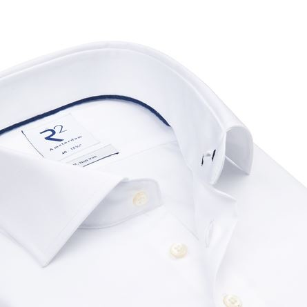 This white non iron shirt is perfect for travelling or if you don't prefer ironing.