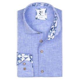 Lichtblauw effen linnen overhemd.