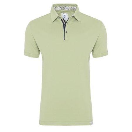 Green plain cotton polo.