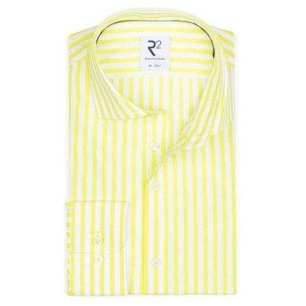 Geel gestreept katoenen overhemd.