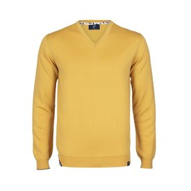 Yellow extra fine wool  pullover.