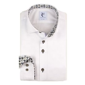 White cotton shirt.