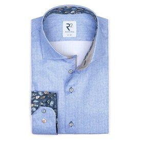 Extra Lange Mouwen. Lichtblauw katoenen overhemd.
