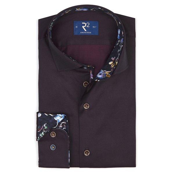 Bordeaux cotton shirt.