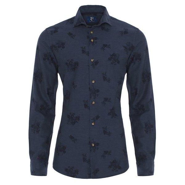 Donkerblauw flanellen shirt.