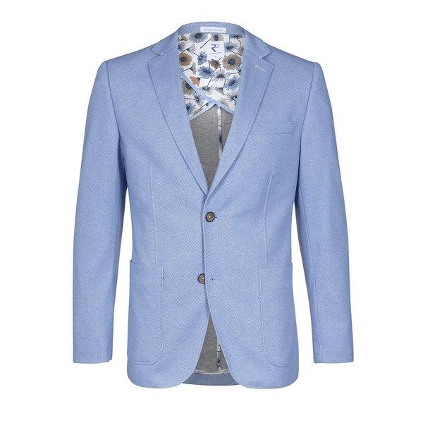 Hellblaues einfarbiges Jackett.