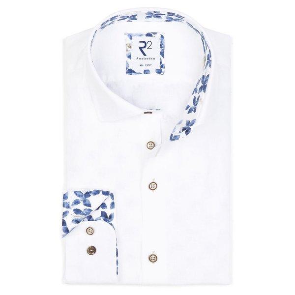 R2 White linen shirt.