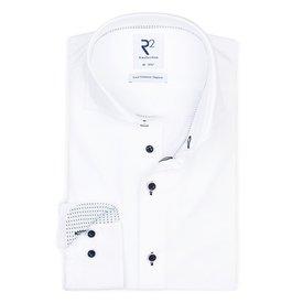R2 White non-iron 4-way stretch shirt.