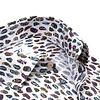 Extra lange Ärmel. Baumwollhemd mit weißem Federprint.