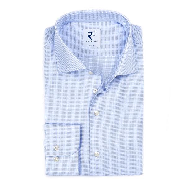 R2 Lichtblauw strijkvrij klein dessin katoenen overhemd.