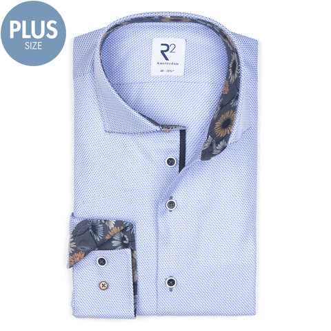 Plus Size. Lichtblauw mini-dessin katoenen overhemd.