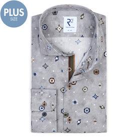 R2 Plus size. Grey graphical print cotton shirt.