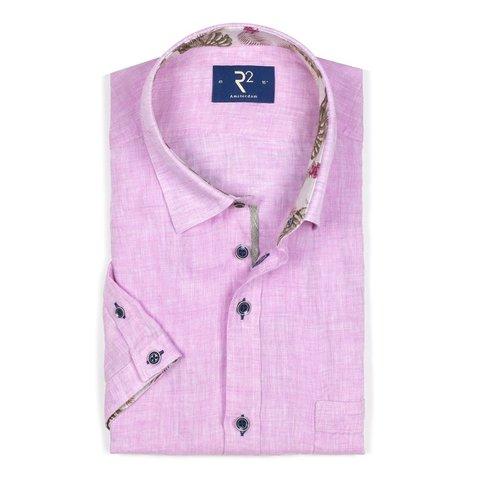 Korte mouwen roze linnen overhemd.