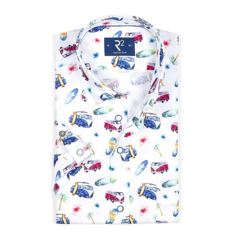 Short sleeved white car print oxford cotton shirt.