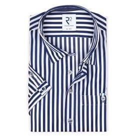 R2 Kurzärmeliges marineblau gestreiftes 2 PLY Baumwollhemd.